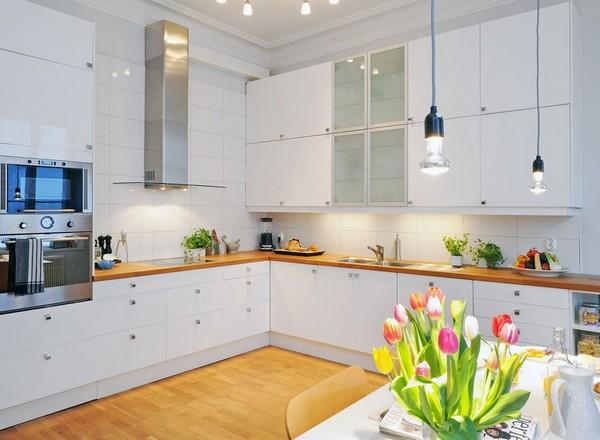 Кухня белая с деревом дизайн